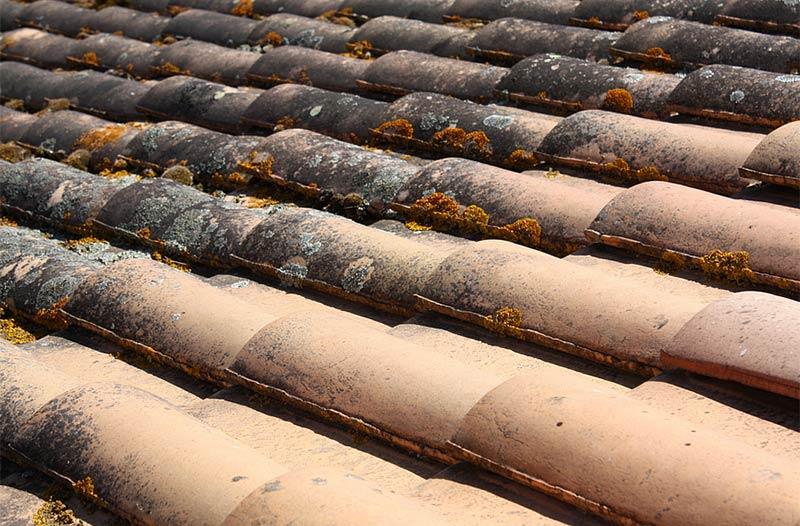 Nettoyage des toitures et des façades